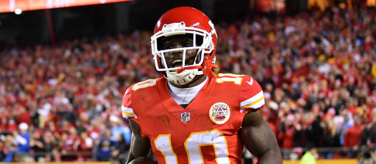 tyreek hill aftre college