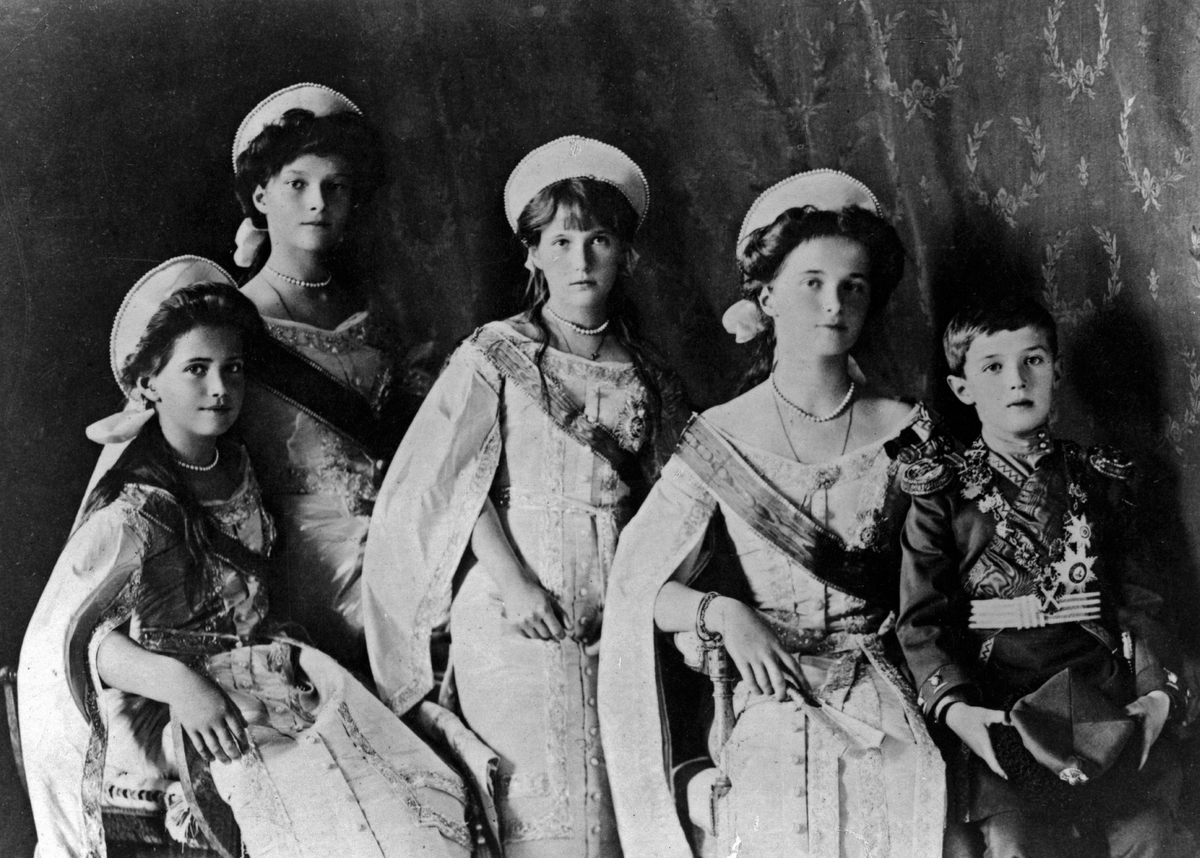 Photograph of the Romanov Children: Alexei, Olga, Maria, Anastasia, and Tatianna
